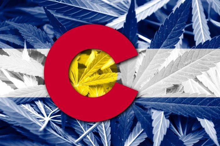 Colorado pretende manter a venda de cannabis nas calçadas após a COVID-19