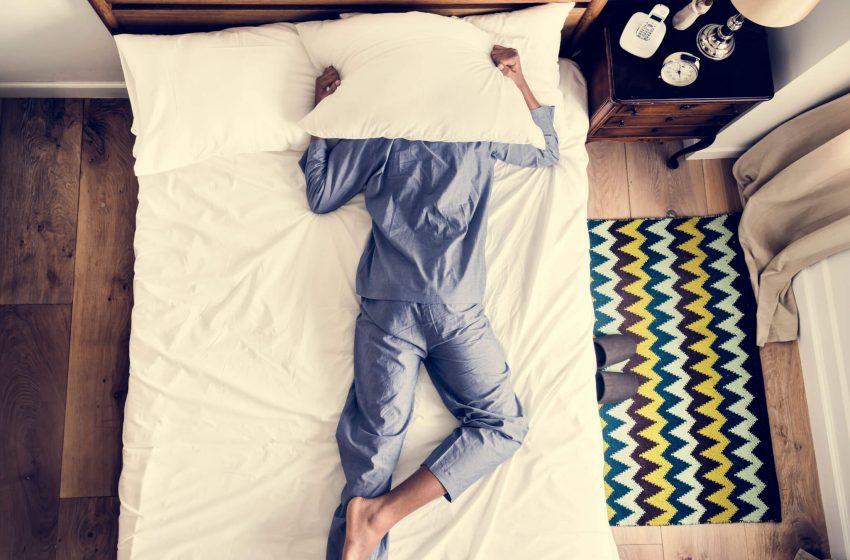 O CBD pode ajudar ou dificultar o sono?