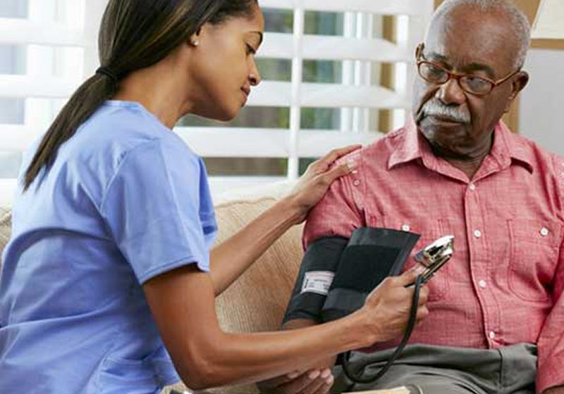 Cannabis ajuda idosos com pressão arterial acima do normal, revela estudo