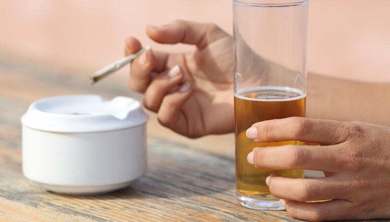 CBD pode diminuir o consumo de álcool, segundo estudo